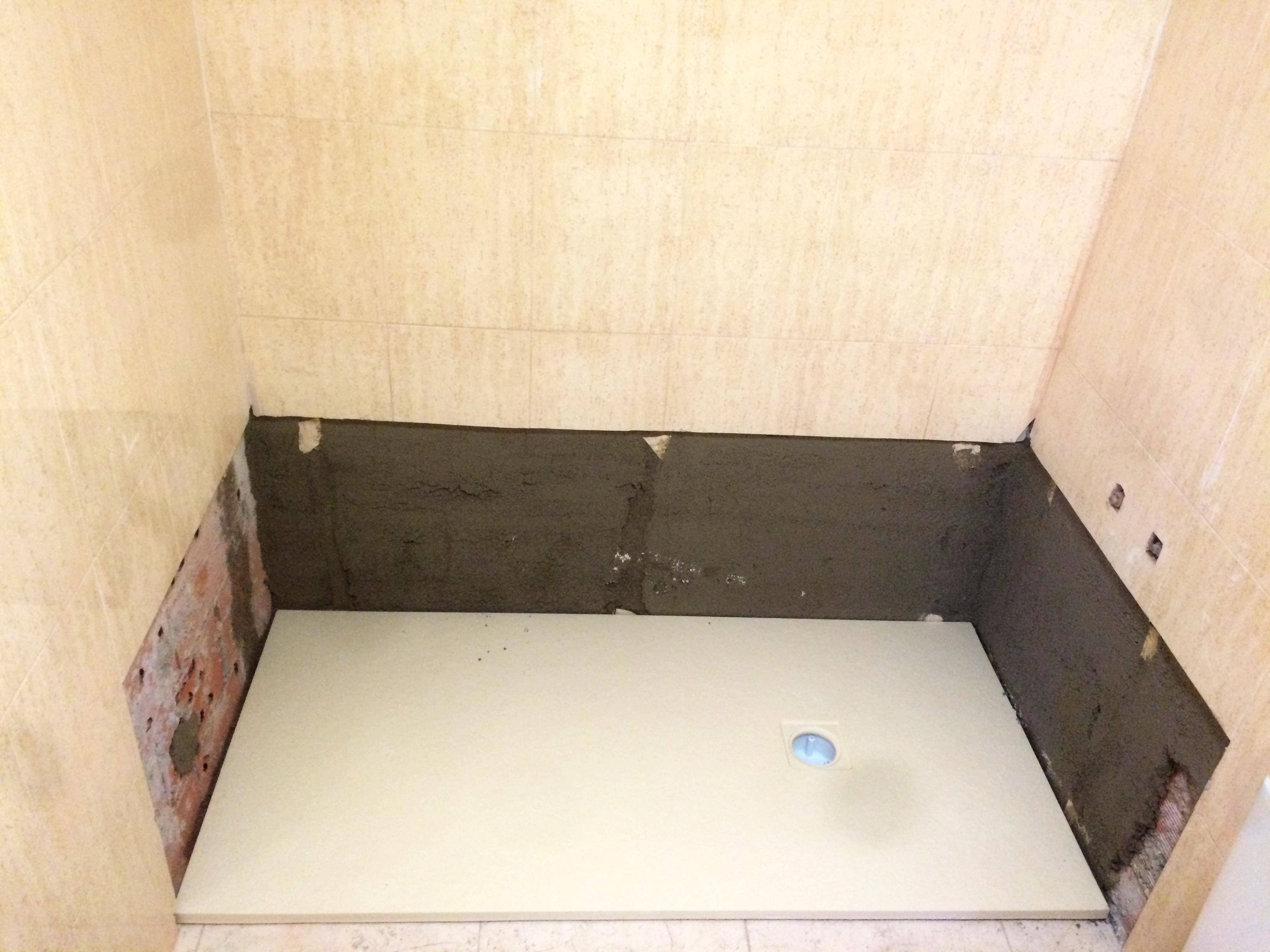 C mo montar un plato de ducha qu mamparas - Como colocar un plato de ducha de resina ...