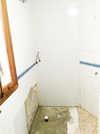 antiguo-plato-de-ducha-torrevieja