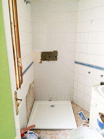 colocacion-plato-de-ducha-acrilico-rectangular