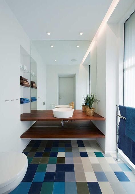 suelo-color-azul-azulejos