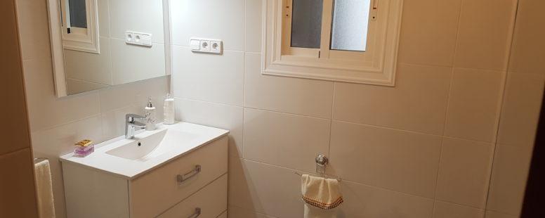 Reforma de cuarto de baño completo. - Platodeducha.es