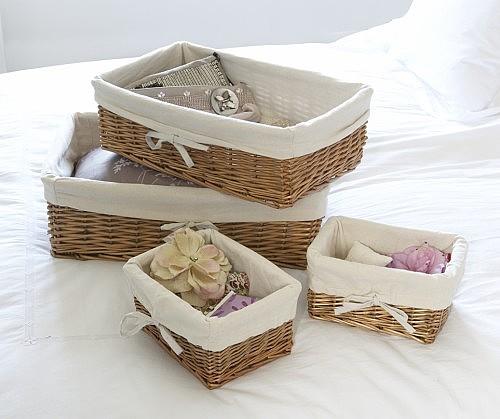 Cómo hacer una cesta para guardar accesorios de baño.